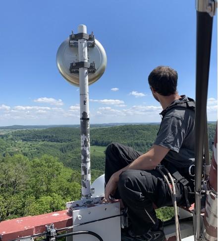 Antennenbau weit oben